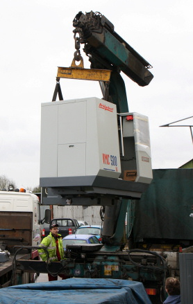 Taking Delivery of a Bridgeport CNC-VMC 500 16 Milling Machine in March 2010